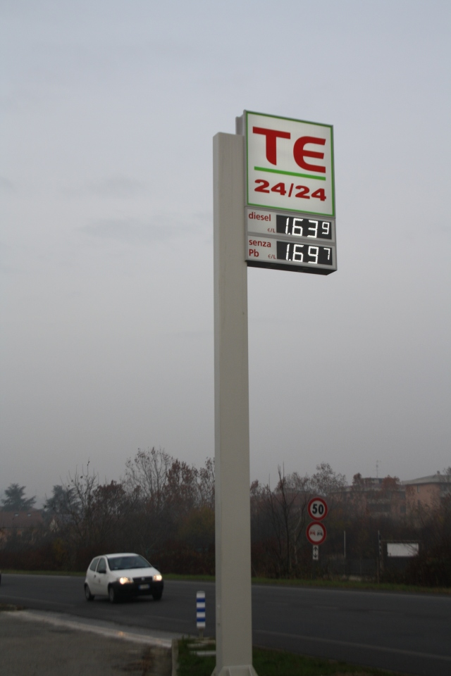 Mrs Sensible's Garage TE. €1.69 a litre