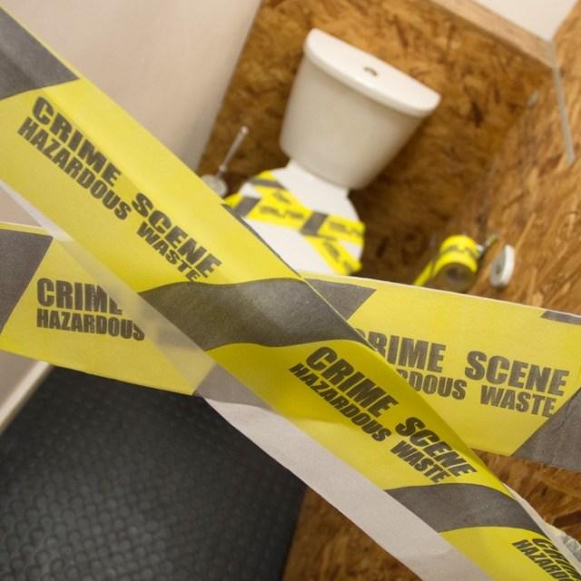 crime-scene-toilet-roll_f