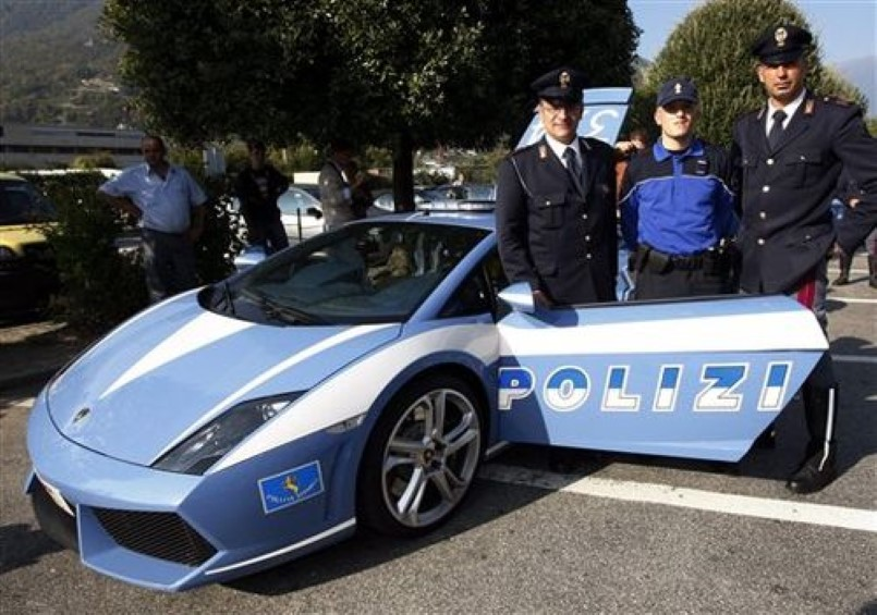 Lamborghini Gallardo Police Car Hard Crash In Italy - 04.jpg